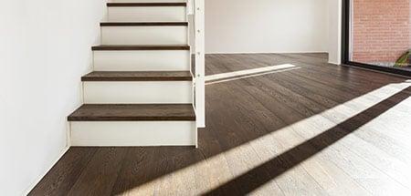 Pvc trapbekleding scherpe prijzen voor traprenovatie for Huis trappen prijzen