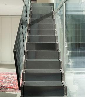 Laat uw nieuwe trap maken en plaatsen lage prijzen for Nieuwe trap laten plaatsen
