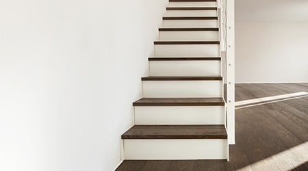 Antislip trap trapstrip op traptreden verhoog de for Hout voor traptreden